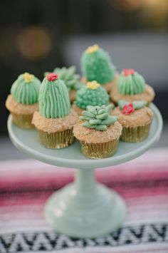 cactus wedding cupcakes / http://www.deerpearlflowers.com/cactus-wedding-ideas/