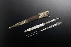 Wedding cutlery in a sheath. Silver and niello. Germany, circa 1610. W 16.3 cm. Courtesy Philippe d'Arschot.