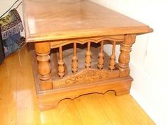 Antique wood furniture &Vintage solid wood spindled coffee table