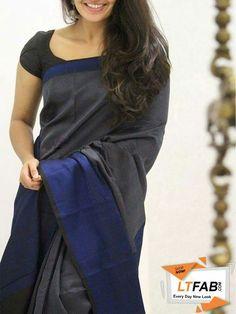 Very unique color contrast. Kerala Saree, Indian Silk Sarees, Saree Fashion, Indian Fashion, Women's Fashion, Blouse Patterns, Blouse Designs, Silk Saree Kanchipuram, Simple Sarees