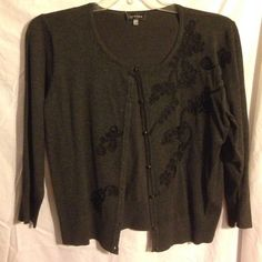 SPENCE SZ XL GRAY BLACK APPLIQUÉ BEADS CARDIGAN New beautiful SPENCE SZ XL GRAY BLACK APPLIQUÉ BEADS CROP CARDIGAN very Elegant pristine pretty VERY DARK COLOR-photo does not show true color-top of shoulder to bottom of hem 22 inches SPENCE SZ XL Jackets & Coats