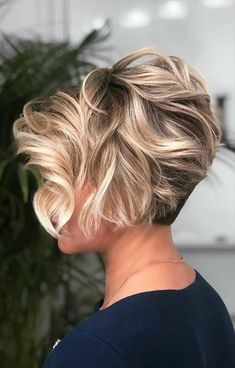 Wavy Long Pixie With Blonde Highlights ❤ If you are in search for nice short haircuts, which can highlight your look, we have the best selection of 65 hottest haircuts for women. Short Pixie Haircuts, Short Hairstyles For Women, Layered Hairstyles, Hairstyles 2016, Casual Hairstyles, Medium Hairstyles, Braided Hairstyles, Wedding Hairstyles, Latest Hairstyles