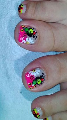 Uñas hermosad Pedicure Designs, Pedicure Nail Art, Toe Nail Designs, Toe Nail Art, Summer Toe Nails, Spring Nails, Cute Pedicures, Pretty Toe Nails, Feet Nails
