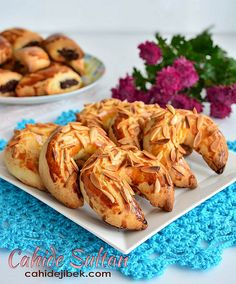 ay öre Greek Cooking, Cooking Time, Turkish Recipes, Ethnic Recipes, Turkish Delight, Mousse, Shrimp, Biscuits, Deserts