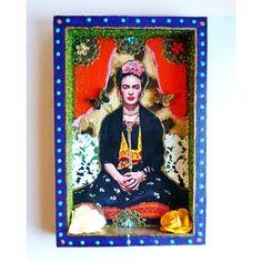 Niche en hommage à Frida Kahlo, à grand renfort de paillettes pour un style kitsch et décalé. Origine : Mexico, Mexique Une création exclusive pour Casa Frida !