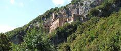 Subiaco - Lazio's ukendtedel i øst Lazio er groft sagt, måske en tand sat på spidsen, næsten kun kendt for Italiens prægtige hovedstad, Rom, også kaldet den Evige Stad. Men der er naturligvis andre lækkere steder i regionen, nogen har vi også skrevet om her, men få af os kender den