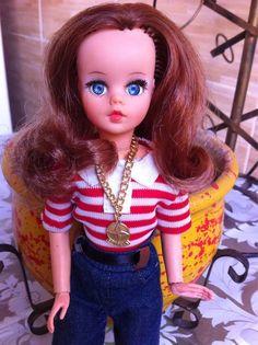 Boneca Susi Estrela Antiga Ruiva - R$ 350,00 em Mercado Livre Antique Toys, Vintage Girls, Childhood Memories, Nostalgia, Barbie, Dolls, Disney Princess, Antiques, Disney Characters