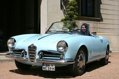 Classic Car News Pics And Videos From Around The World Alfa Romeo Giulietta Spider, Alfa Romeo Spider, Automobile, Alfa Romeo Cars, Pretty Cars, Old Classic Cars, Cabriolet, Car Girls, Vintage Cars