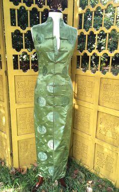 90er Jahre Seide Cheongsam Wiggle Kleid von reverievintage auf Etsy