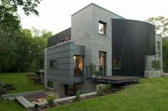 Frentes de casas modernas en tonos grises