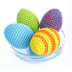 Make yourself some colorful Easter eggs to decorate your house, go egg hunting with your toddlers or make a colorful basketful to give as a gift. Or use a white or brown yarn for a more realistic-looking play food.