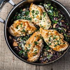 Wild Rice Chicken Skillet is the perfect comfort food for a cold February! Food Network Recipes, Cooking Recipes, Healthy Recipes, Healthy Meals, Healthy Food, Advocare Recipes, Cooking Videos, Great Recipes, Favorite Recipes