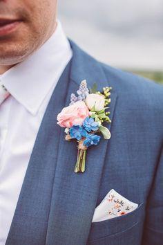 Pastel Buttonhole | Lemonade Pictures | http://www.rockmywedding.co.uk/hayley-jon/