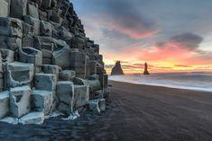 In meinen ausführlichen Island Tipps bekommt ihr die besten Anregungen, Hinweise und Inspiration für euren Urlaub auf der Insel aus Feuer und Eis. Erfahrt, welche Naturspektakel und Sehenswürdigkeiten ihr auf keinen Fall verpassen dürft und was die beste Route für einen ausgiebigen Island Roadtrip ist.