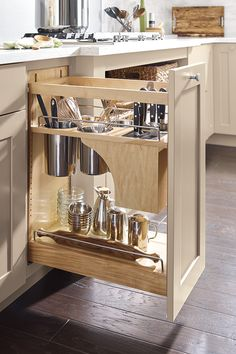 Home Decor Elegant Maximize your kitchen renovation with storage solutions that match your lifestyle.Home Decor Elegant Maximize your kitchen renovation with storage solutions that match your lifestyle. Kitchen Utensil Storage, Kitchen Cabinet Organization, Diy Kitchen Cabinets, Kitchen Cabinet Design, Kitchen Appliances, Organization Ideas, Storage Ideas, Kitchen Utensils, Kitchen Countertops