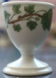 Porcelaine de Paris Green Vine, Paris Porcelain Hand Painted Green Vine Egg Cup