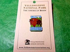 YELLOWSTONE NATIONAL PARK AMERICAN BISON LAPEL HAT PIN WYOMING SOUVENIR-LP8