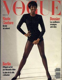 Naomi Campbell en couverture du numéro de mars 1990 de Vogue Paris http://www.vogue.fr/thevoguelist/naomi-campbell/75