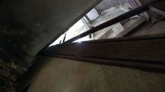 DDR-Verlassenes-Haus-Treppe