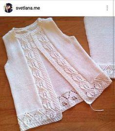 Auf dieser Seite Girl Weaves, Vest and Crochet Girl Dresses Baby Knitting Patterns, Knitting For Kids, Knitting Designs, Crochet Girls, Crochet For Kids, Crochet Baby, Knit Crochet, Baby Dress Design, Diy Crafts Crochet