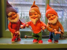 Wind-Up Gnomes by doublewinky, via Flickr