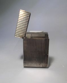 Encendedor clásico de la marca S.T.Dupont en plaque de plata.Vintage de ACUARI en Etsy