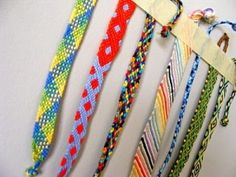 How to make cool bracelets with string-Really easy friendship bracelet patterns