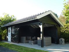 Bekijk de foto van dirry met als titel mooie tuin kapschuur en andere inspirerende plaatjes op Welke.nl.