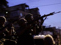 Canadauence TV: Rio registra um tiroteio a cada 100 minutos