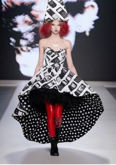 Bas Kosters at AFW 2012  Like the shape, love the print.