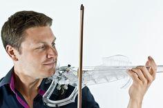 The 3Dvarius and its creator Laurent Bernadac - © Géraldine Puel