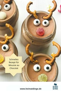 Weihnachtsdessert im Glas: leckeres Rezept Rudolph Mousse au Chocolat - DIY Kindergeburtstag Essen - Rezepte Desserts In A Glass, Fall Desserts, Christmas Desserts, Dessert Recipes, Chocolat Recipe, Chocolate Mousse Recipe, Chocolate Biscuits, Cupcakes, Quick Recipes