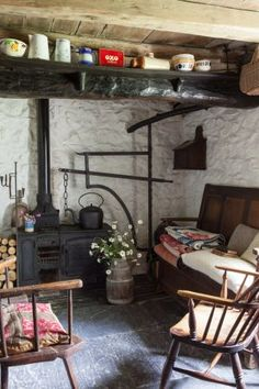 look at the storage on the beams! That would be difficult to reach but it looks rather lovely