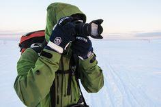 Vintern ställer en del andra krav på fotografen än vad sommarens varma väder gör. Här får du några tips på hur du klarar dig utan fotografiska missöden i vinter.