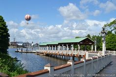 Conforme noticiado por Darcy Clark, Gerente de Marketing de Downtown Disney, em 19 de agosto de 2014, no blog oficial da Disney, um novo ancoradouro denominado Marketplace Boat...