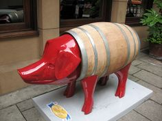 """""""Pigs on Parade""""--finding swine on Seattle city streets by Highway64, via Flickr"""