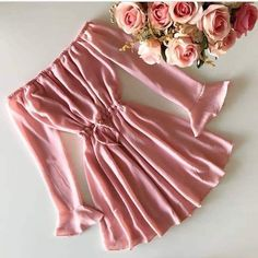 Cute Swag Outfits, Girly Outfits, Pretty Outfits, Stylish Outfits, Girls Fashion Clothes, Teen Fashion Outfits, Girl Fashion, Fashion Dresses, Teenager Outfits