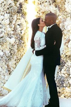 FIRST PICTURES: Kim & Kanye on their wedding day, May 24, 2014 in Italy