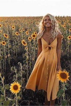 Summer Vibes Midi Dress - Boho Chic, modische Kleidung, Boho Kleider - Blue Nana - Summer Vibes Midi Dress – Boho Chic, modische Kleidung, Boho Kleider – Blue Nana Source by - Mode Outfits, Fashion Outfits, Womens Fashion, Fashion Trends, 90s Fashion, Fashion Clothes, Dress Fashion, Style Fashion, Trendy Fashion