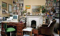 Writers' rooms: Hunter Davies