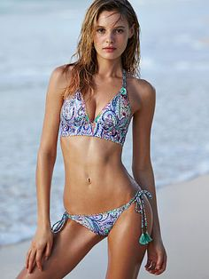 Shop PINK swim sale and dive into deals on bikini tops, bottoms and one-piece swimsuits. Save on all your fave swimwear styles now at PINK! Halter Bikini, Bikini Tops, Bikini Babes, Halter Neck, Vs Swim, Victoria's Secret, Victoria Secret Bikini, Triangle Bikini Top, Two Piece Swimsuits