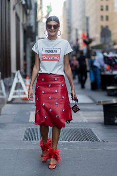 10 pictures that prove Giovanna Battaglia is the queen of street style - HarpersBAZAARUK