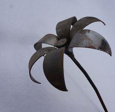 magnoliophyta#flower#flor#sculpture#escultura#metal#wedding#boda#deco#home#hogar#decoration#interior#exterior#garden#bride#novia#regalo