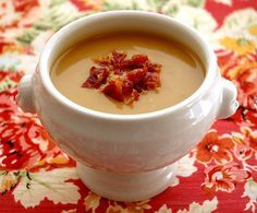 Butternut Squash and Chestnut Soup Recipe on Yummly Chestnut Soup Recipe, Calabaza Recipe, Soup Recipes, Healthy Recipes, Easy Recipes, Roasted Butternut Squash Soup, Yummy Veggie, Gula, Dinner Entrees