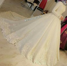 muslim wedding dresses with veil Hijabi Wedding, Muslimah Wedding Dress, Muslim Wedding Dresses, White Wedding Dresses, Wedding Wear, Bridal Dresses, Modest Wedding, Hijab Dress Party, Bridal Hijab
