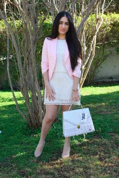 New post at fashionable rose, pink and white combination and @simonitextilede bag