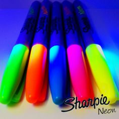 neon sharpies glow in black light