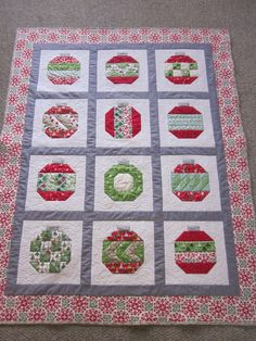 """I participated in the Vintage Holiday Quilt Along at http://www.fabricmutt.blogspot.com/.  The pattern is """"Vintage Holiday"""" by Camille Roskelley."""