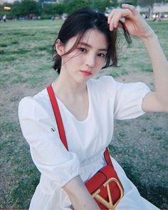 한소희-사진78 : 네이버 블로그 Korean Girl, Asian Girl, Singer Fashion, Looking For Love, Korean Actresses, Girl Photography, Beautiful Actresses, Fashion Models, Going Out