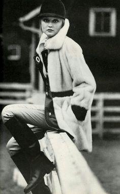 US Vogue September 1, 1972 Model Ingrid Boulting